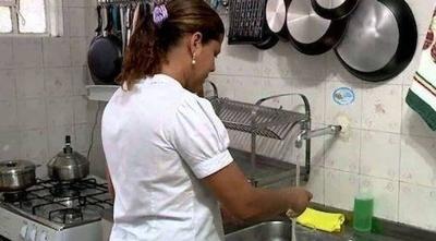 HOY / Salario mínimo para empleadas domésticas: Cómo se calcula jornal por día, hora y el IPS