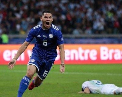 """Cardozo: """"El gol levantó anímicamente al equipo"""""""
