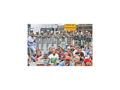 Protestan en Caracas para mostrar a Bachelet la crisis