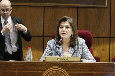 Blanca: Reforma Tributaria se aprobó sin el tratamiento adecuado