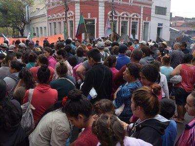 Campesinos no dan tregua y buscan que el Gobierno cumpla promesa