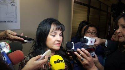 """Senadora Bajac: """"El sueldo mínimo en Paraguay es alto"""""""