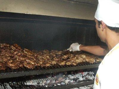Piden no preparar asado en Chile, por alta contaminación