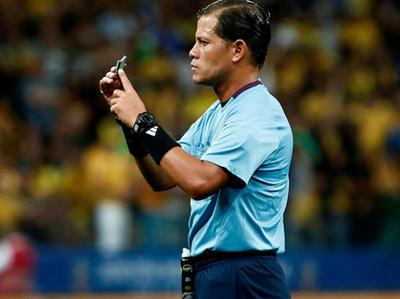 Víctor Carrillo arbitrará el partido entre Paraguay y Colombia