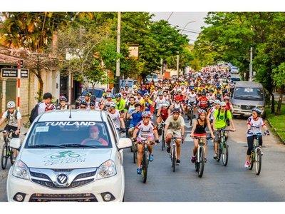 La revolución en 2 ruedas que tomó ciudad y pueblo
