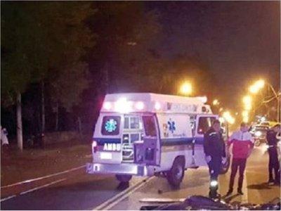 Dos motociclistas mueren en choque frontal en Hohenau