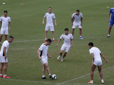 La Albirroja realizó su primer entrenamiento en Salvador