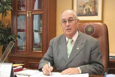 Fiscalia inicia investigación contra el ex ministro Oscar Bajac