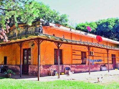 Estación Patiño Cué: Del escenario histórico a la terminal  del olvido