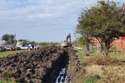 Denuncian a la Fiscalía obras municipales abandonadas en Concepción