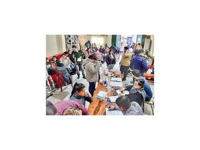 Consulado en Buenos Aires renueva cédulas a paraguayos