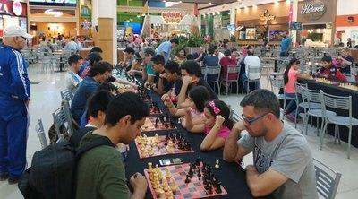 El ajedrez fue fiesta en Mariano Roque Alonso