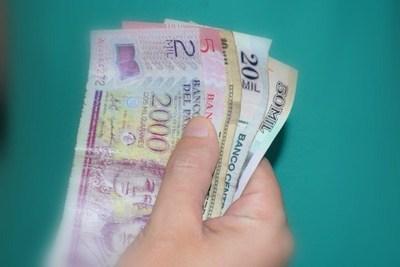 ¿Por qué hay menos dinero circulante?