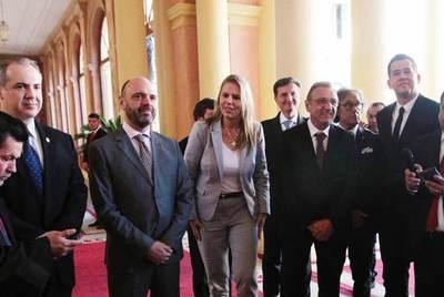 Cementera italiana anuncia plazo de construcción de su planta industrial en Paraguay