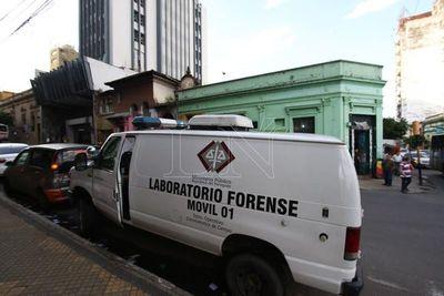 Mujer muere en extrañas circunstancias en Raúl Arsenio Oviedo