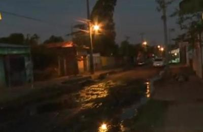 Descenso del Río Paraguay en Barrio Santa Ana