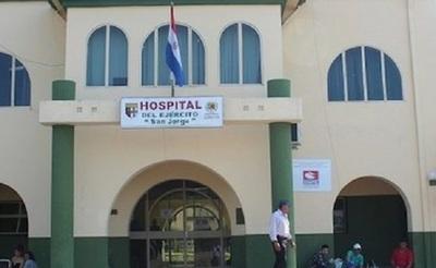 Paciente y enfermera sufren heridas tras caída de ascensor