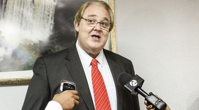 Vaesken migraría a Honor Colorado para ser candidato a presidente de la ANR