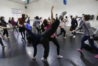 Vacaciones de invierno: ofrecerán clases abiertas para bailarines