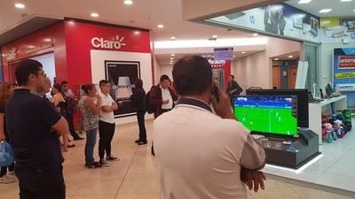 Así se festejó el empate entre Japón y Ecuador