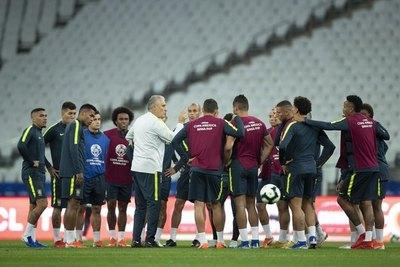 La preocupación de Brasil para el juego con Paraguay