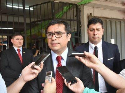 Ministro de Justicia admite que FFAA colabora en cárceles
