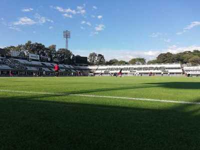 Olimpia supera en dos partidos a San Lorenzo