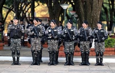 MINISTRO DEL INTERIOR ANUNCIA INCREMENTO DE CANTIDAD DE POLICÍAS PARA FIN DE AÑO