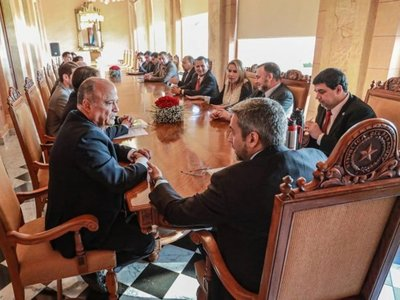 Presidente de UIP pide a Marito  que vete la ley de autoblindaje