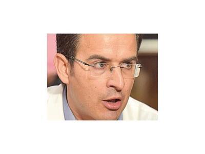 Denuncian que Rectorado UNA aplica  criminal recorte a  fondos de Clínicas