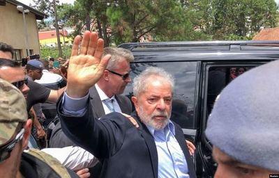 Corte Suprema de Brasil niega libertad a Lula y posterga decisión sobre Moro