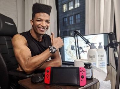 Hallan sin vida a youtuber de videojuegos