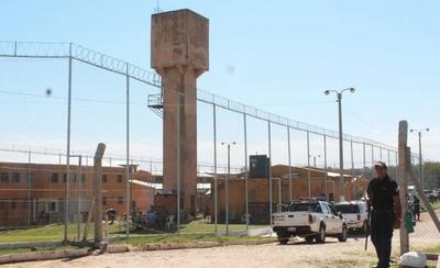 HOY / Cierran cárceles de Emboscada y Coronel Oviedo