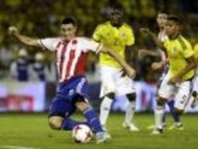 Eduardo Berizzo analiza un equipo sin 9 de oficio pero con dos jugadores de velocidad con técnica