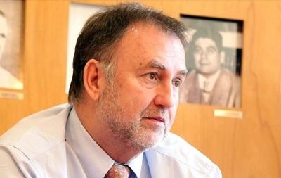 Ordenan revelar declaración jurada de Benigno López