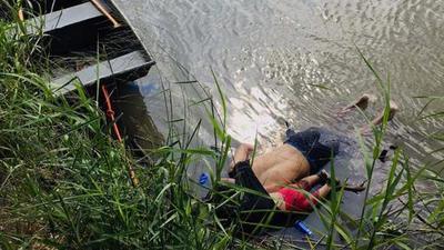 Foto de un migrante y su hija muertos desata críticas contra Trump