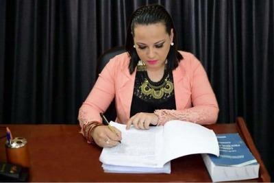 Caaguazú: Fiscal denuncia a Abogado por Coacción