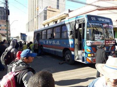Campesinos se marchan y liberan calles en Asunción