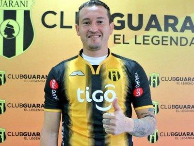 Regresa a Guaraní para intentar recuperar crédito de goleador implacable