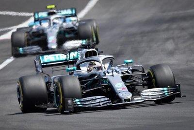 Mercedes, a la caza de los viejos fantasmas