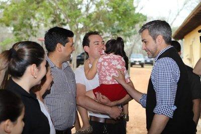 Mario Abdo visitó a familiares de secuestrados por el EPP