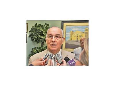 Preliminar para los acusados con el ex ministro Óscar Bajac