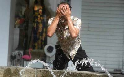 Dos muertos y emergencia sanitaria por la ola de calor en España