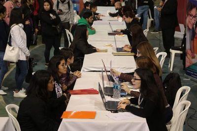 Realizarán feria de empleos en Expo de Mariano