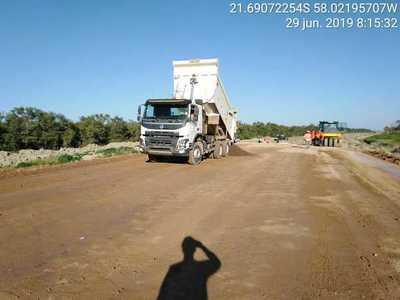 Inician carga para el primer metro cuadrado de asfalto de la ruta Bioceánica