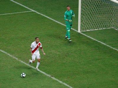 Perú elimina a Uruguay en los penales y es semifinalista