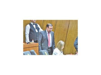 Mandato de Cuevas en Diputados finaliza con irregularidades