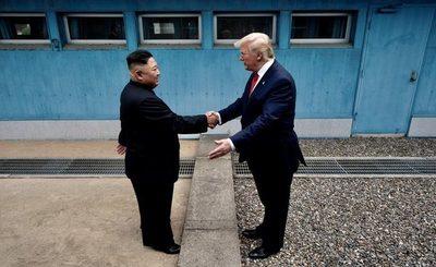 Donald Trump se reúne con Kim Jong Un: es el primer presidente de EEUU en pisar Corea del Norte