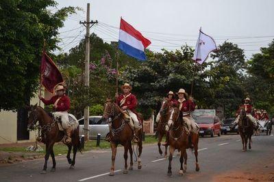 Tradicional desfile de caballería y fiesta campestre en Misiones