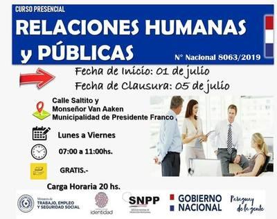 Inician curso de RR.HH. y Públicas en comuna franqueña